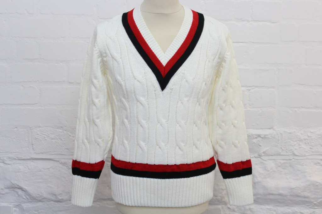 Model: R007 Oakham-School-Cricket-Sweater
